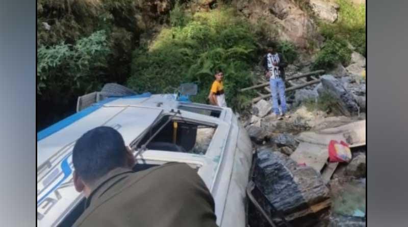 Accident in Dehradun, 5 people died | Sangbad Pratidin