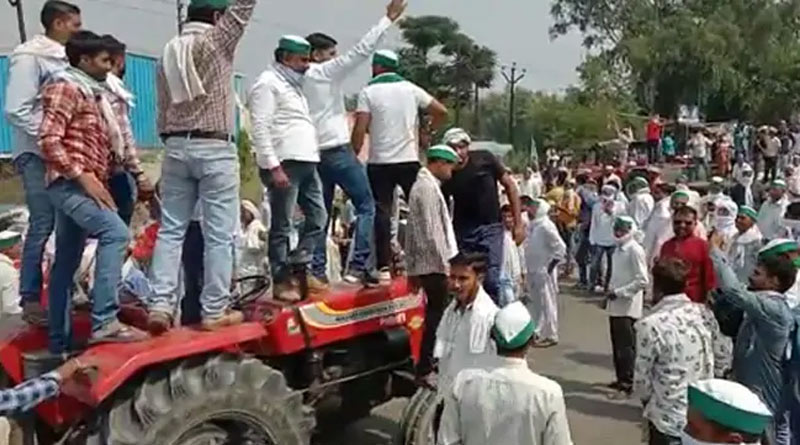Lakhimpur Kheri farmers agree to cremate bodies after Yogi Govt promises Rs 45 Lakh and job for victim's kin, judicial probe | Sangbad Pratidin