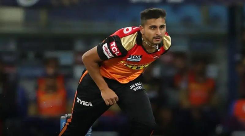 Jammu & Kashmir pacer Umran Malik of SRH bowls at over 150kph, fastest ball by Indian in IPL 2021 | Sangbad Pratidin