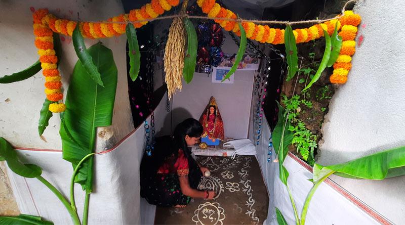 Asansol women to perform Lakshmi puja with money from 'Lakshmir Bhandar' scheme | Sangbad Pratidin