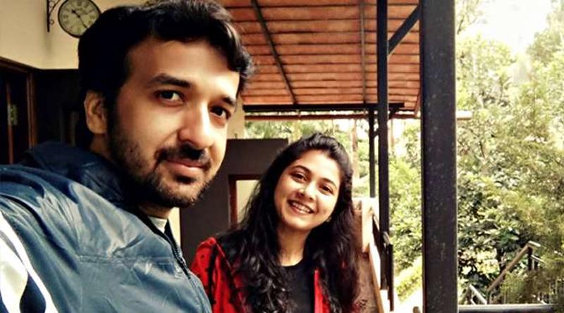 Actress Payel De and Her Family Reached Kolkata | Sangbad Pratidin