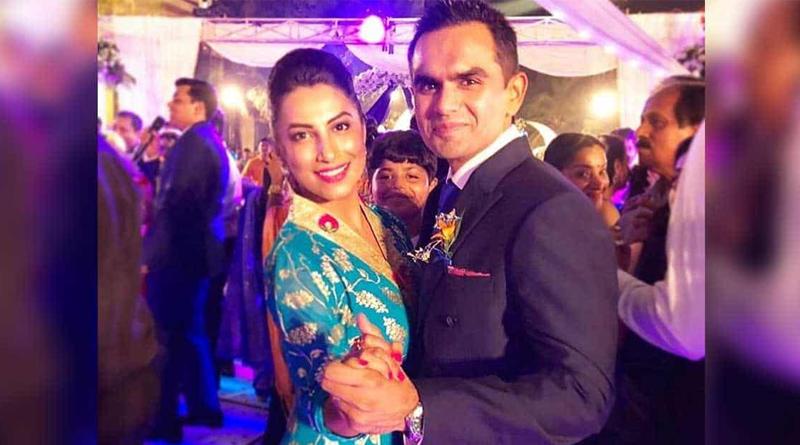 Kranti Redkar speaks up about allegations on her husband Sameer Wankhede | Sangbad Pratidin