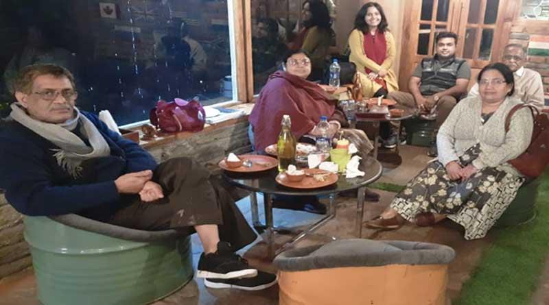 6 People of Hooghly stuck in Uttarakhand | Sangbad Pratidin