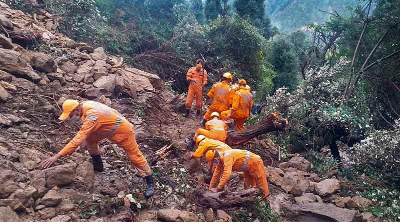 Five trekkers dies in Uttarakhand rain । Sangbad Pratidin
