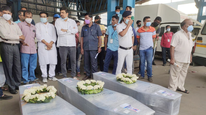 Mortal remains of five trekkers from Uttarakhand reached West Bengal | Sangbad Pratidin