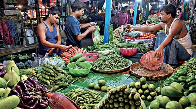 EB officials visits many vegetable market । Sangbad Pratidin