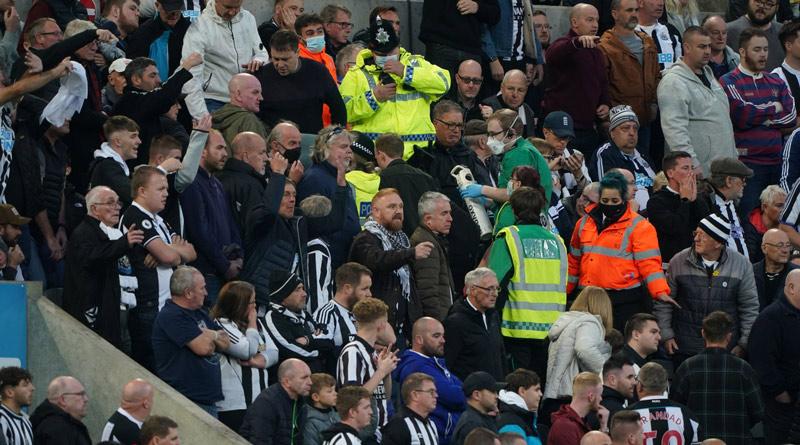 Newcastle United vs Tottenham Hotspur match halted due to medical emergency in St James' Park crowd | Sangbad Pratidin