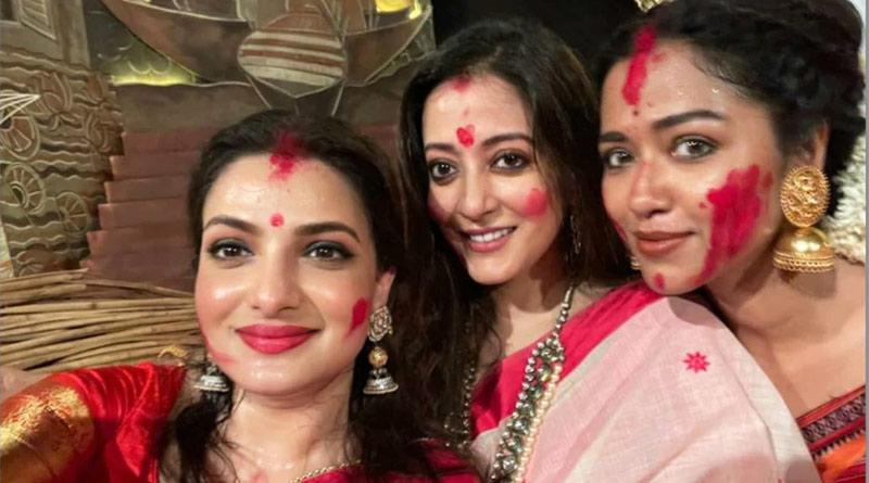 Raima, Tanusree, Sohini got trolled for sindur khela | Sangbad Pratidin