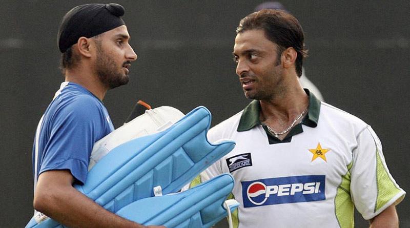 Harbhajan Singh takes jibe at Shoaib Akhtar ahead of T 20 world cup | Sangbad Pratidin