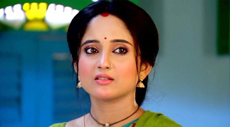 Actress Soumitrisha Kundu Suffering from Leg injury | Sangbad Pratidin